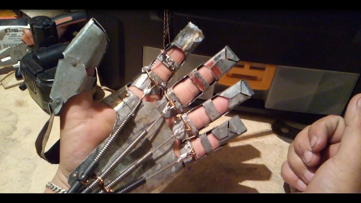 Харалампсом перчатка